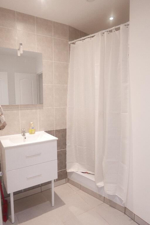 Appartement à louer 2 38m2 à Loriol-sur-Drôme vignette-5