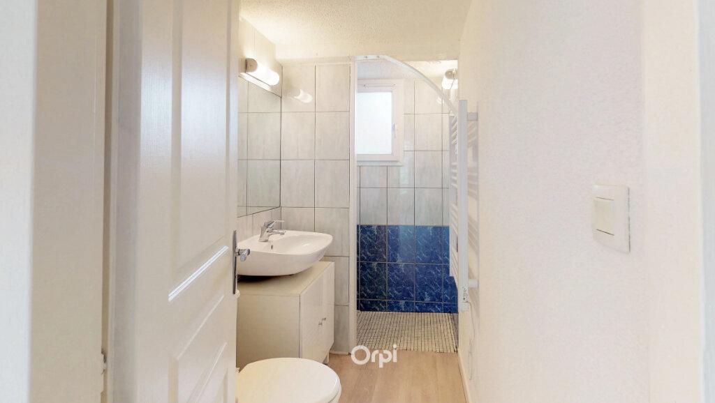 Appartement à louer 1 21.5m2 à Tournon-sur-Rhône vignette-5