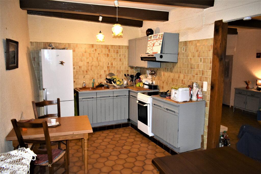 Maison à vendre 3 90m2 à Saint-Fortunat-sur-Eyrieux vignette-3