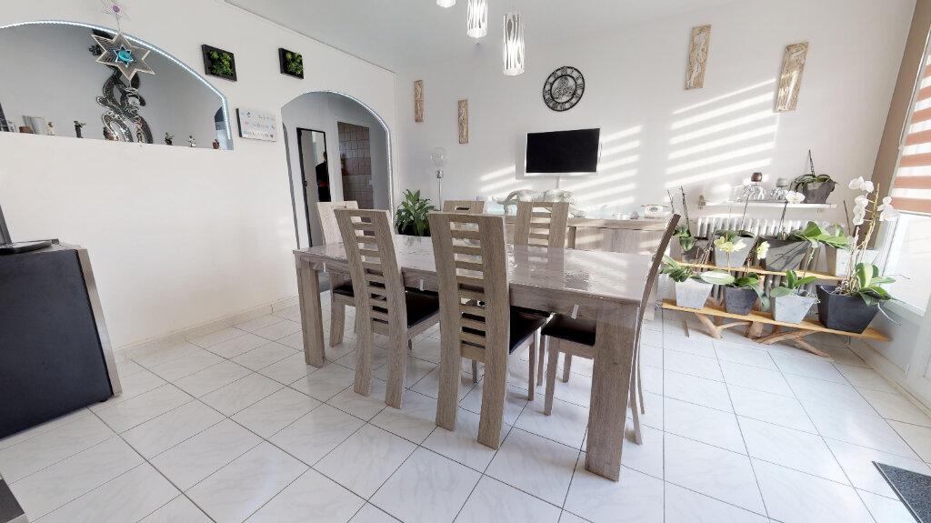 Appartement à vendre 4 70m2 à Livron-sur-Drôme vignette-2