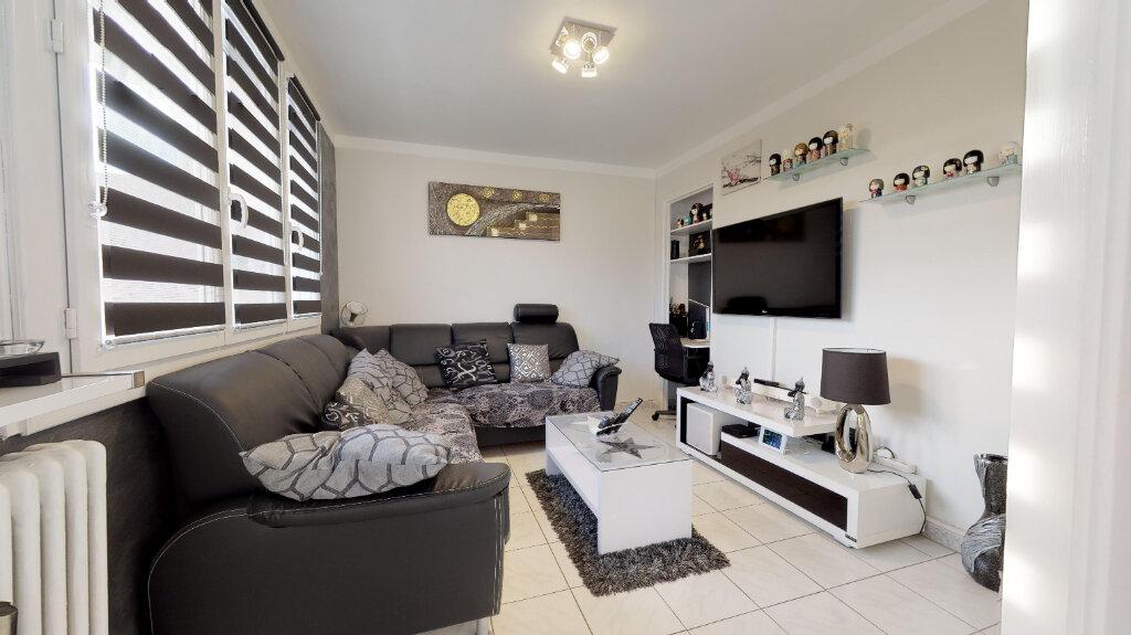 Appartement à vendre 4 70m2 à Livron-sur-Drôme vignette-3