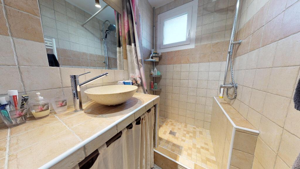 Appartement à vendre 4 70m2 à Livron-sur-Drôme vignette-5