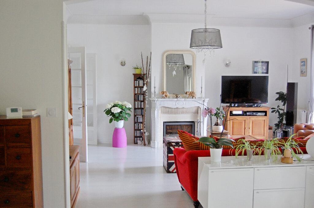 Maison à vendre 8 190m2 à Saint-Yrieix-sur-Charente vignette-7
