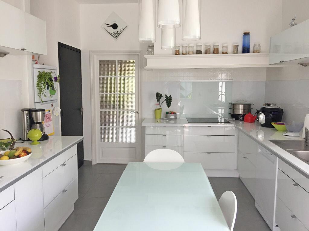 Maison à vendre 8 190m2 à Saint-Yrieix-sur-Charente vignette-8