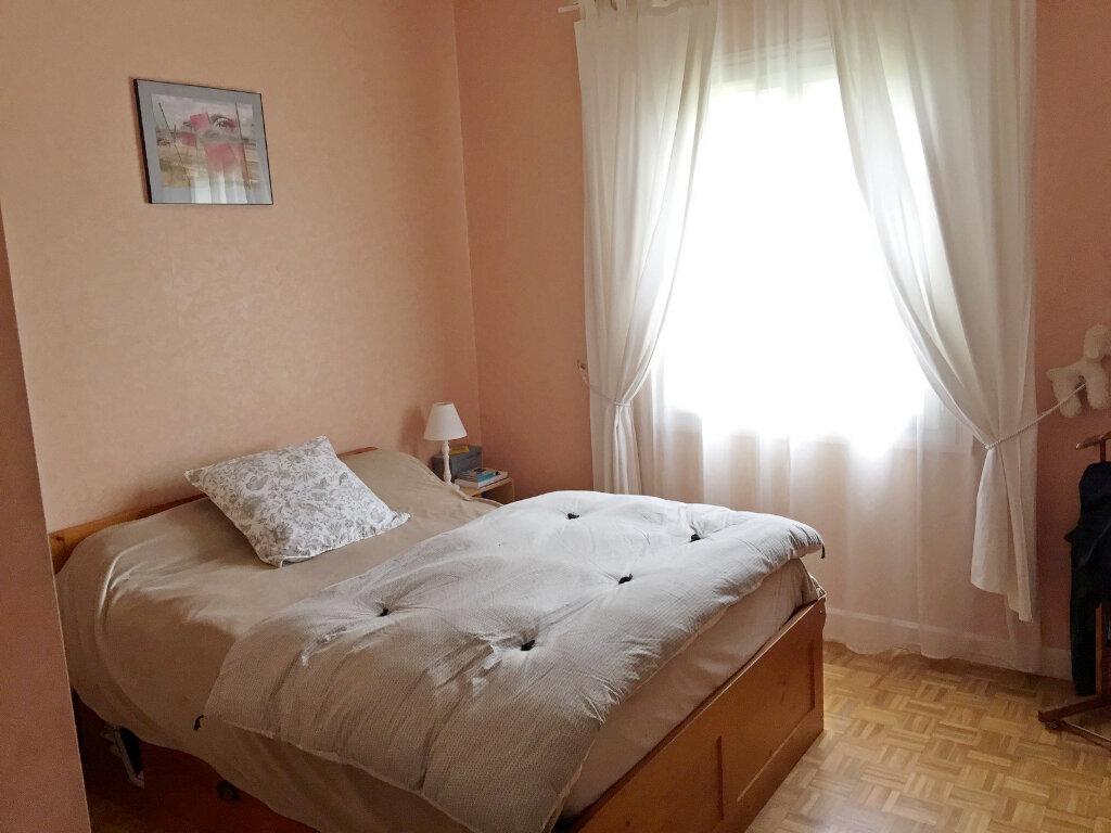 Maison à vendre 8 190m2 à Saint-Yrieix-sur-Charente vignette-9