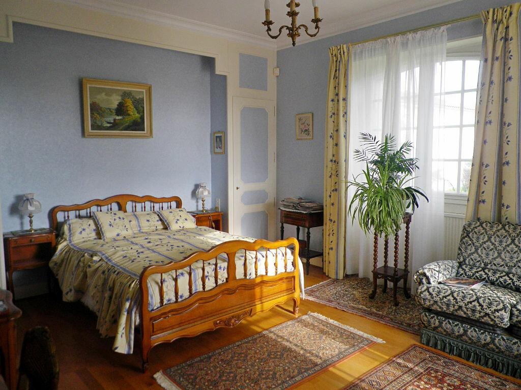 Maison à vendre 9 228m2 à Soyaux vignette-5