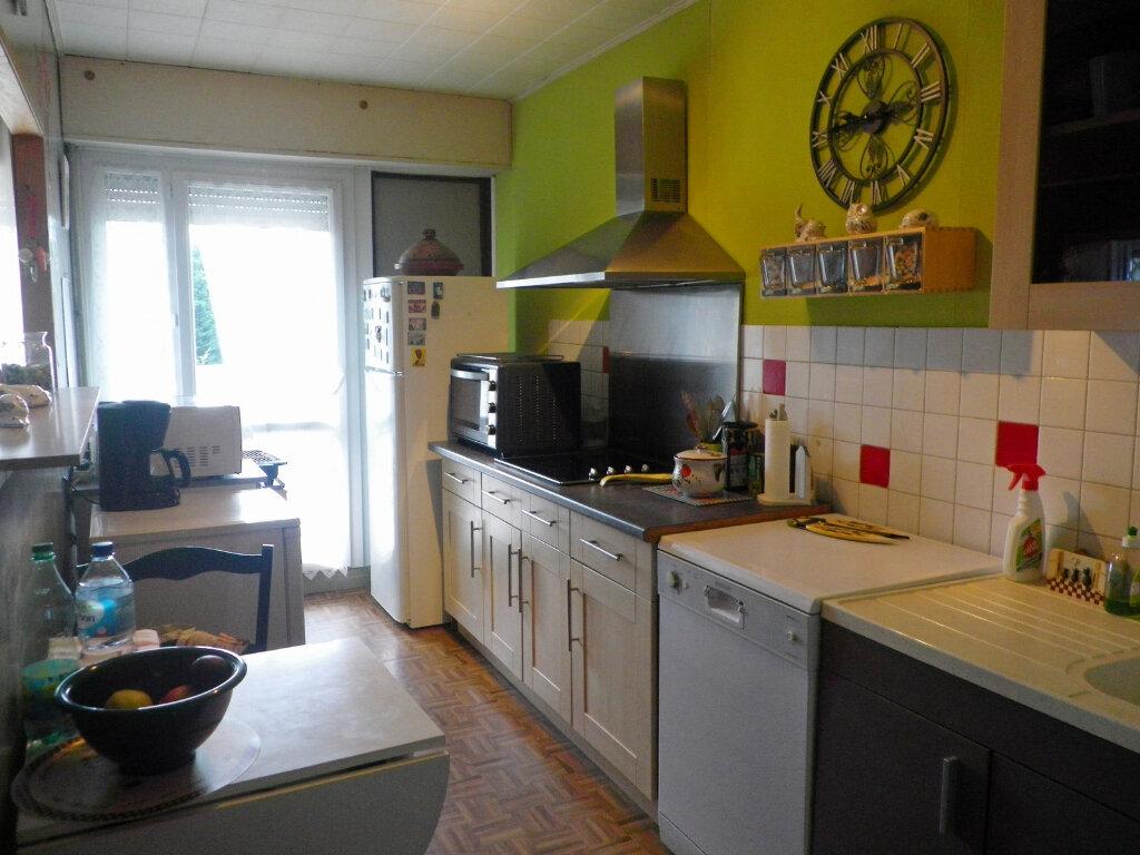 Appartement à vendre 4 78m2 à Angoulême vignette-3