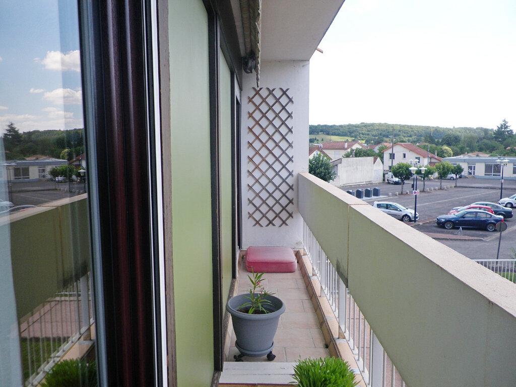 Appartement à vendre 4 78m2 à Angoulême vignette-5