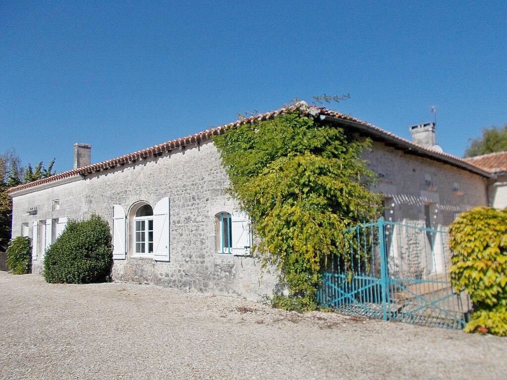 Maison à vendre 8 450m2 à Voulgézac vignette-2