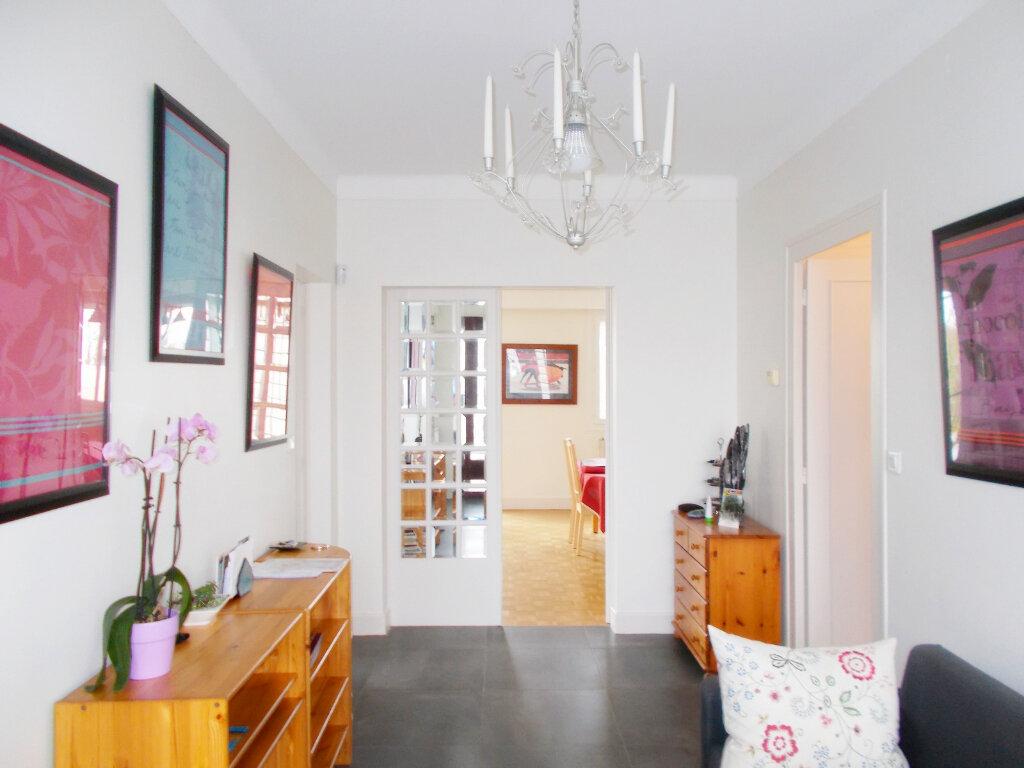 Maison à vendre 6 140m2 à Soyaux vignette-2