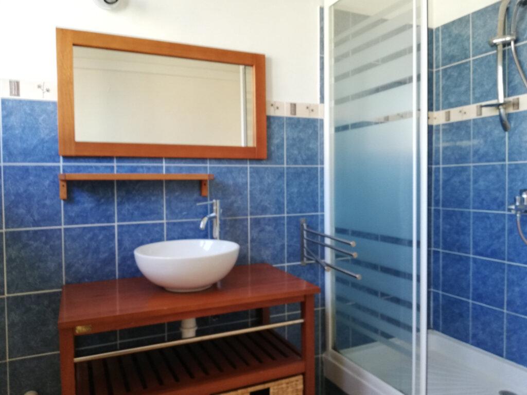 Appartement à louer 2 47m2 à Toulon vignette-5