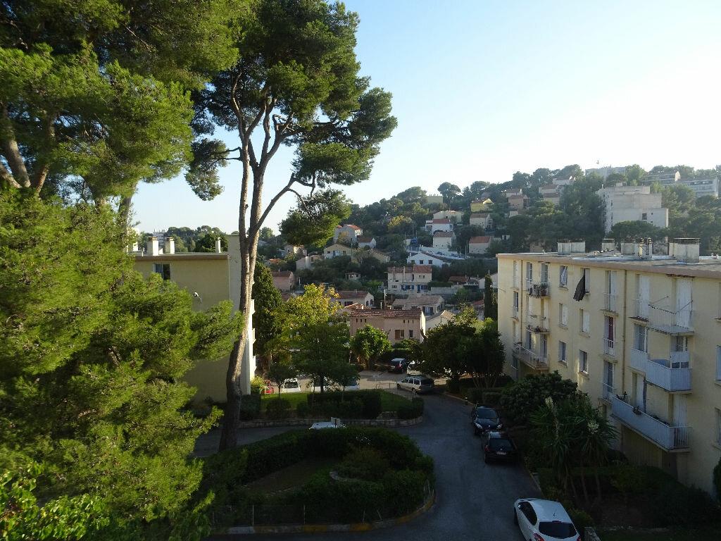 Appartement à louer 3 66.47m2 à Toulon vignette-4