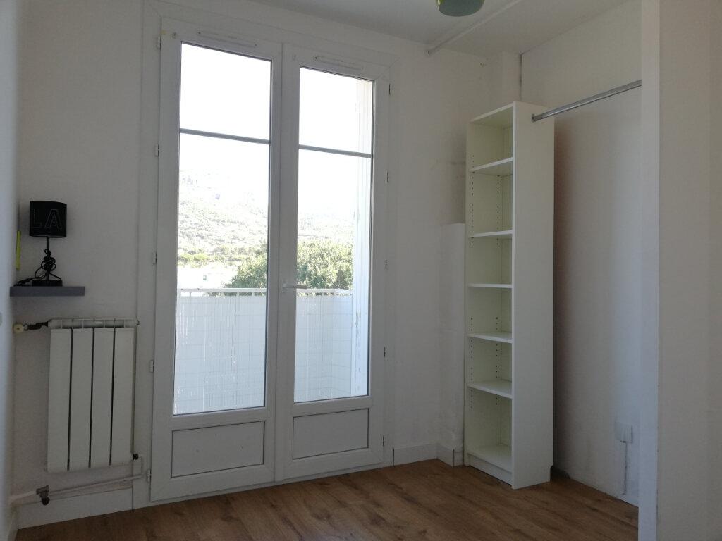 Appartement à louer 3 66.47m2 à Toulon vignette-9