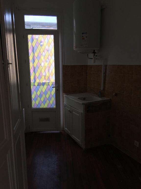 Appartement à louer 2 33.8m2 à Toulon vignette-10