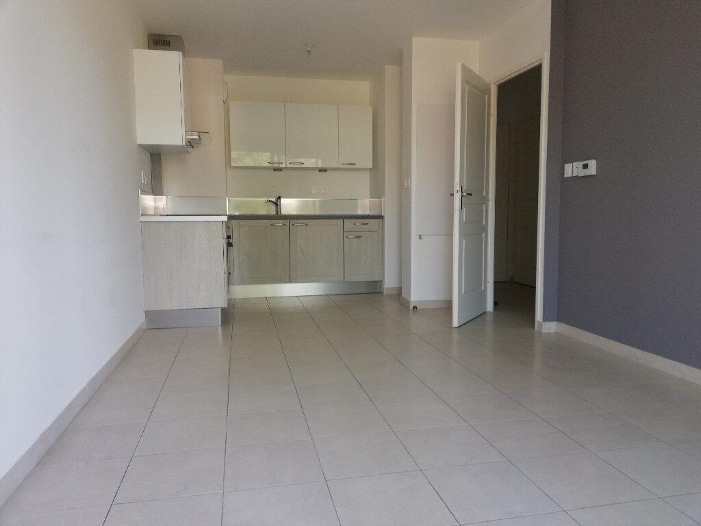 Appartement à louer 2 37.83m2 à Toulon vignette-2
