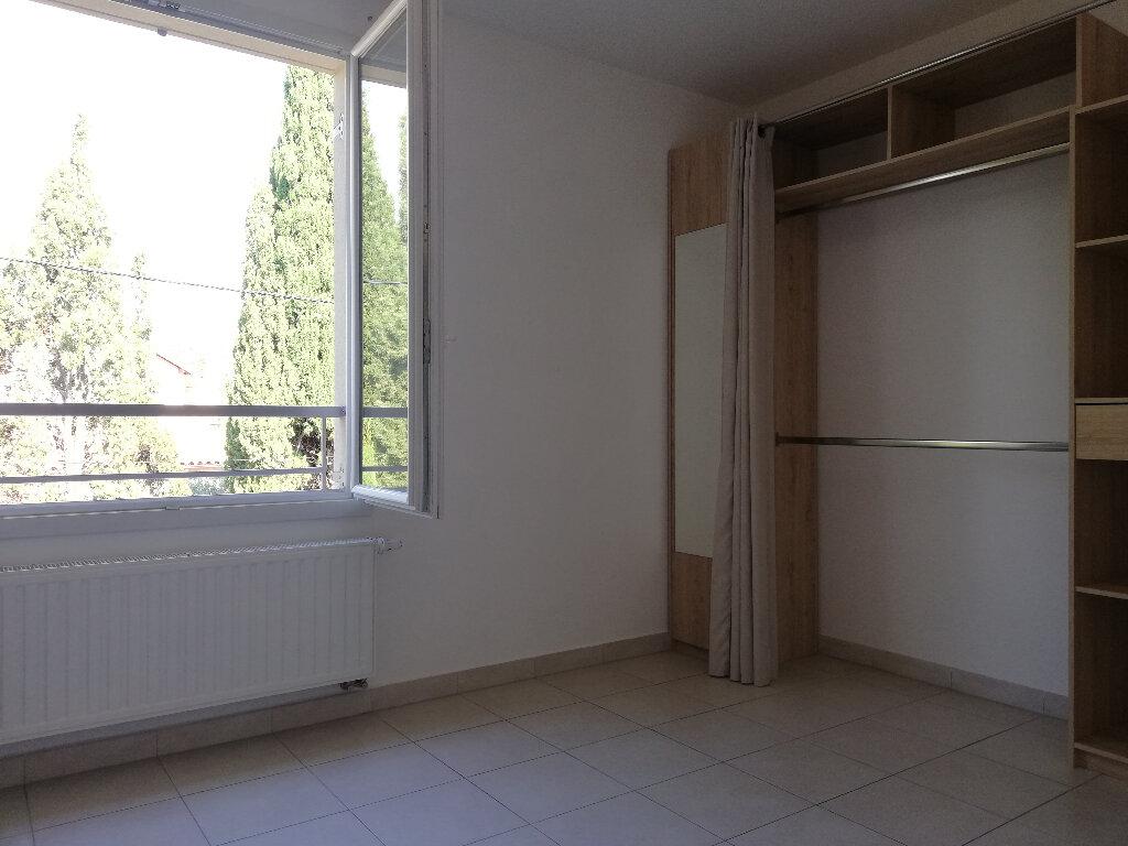 Appartement à louer 2 37.83m2 à Toulon vignette-6