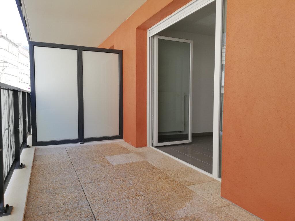 Appartement à louer 2 37.37m2 à Toulon vignette-1