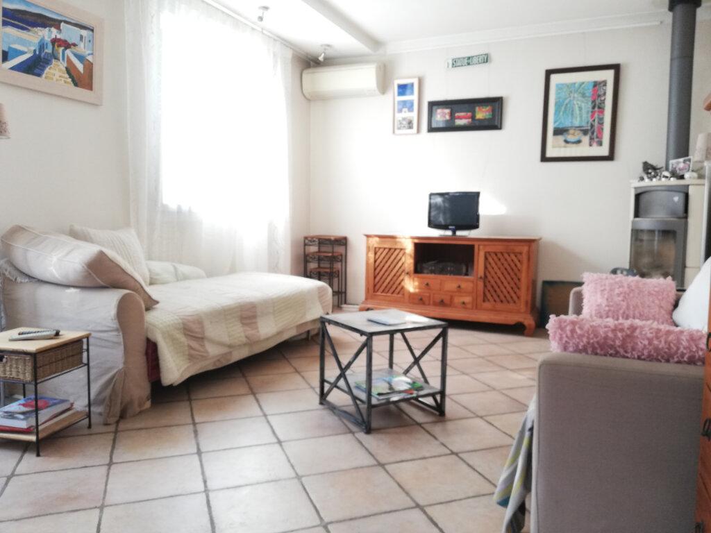 Maison à louer 6 136.75m2 à Toulon vignette-3