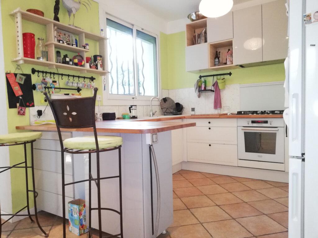 Maison à louer 6 136.75m2 à Toulon vignette-4