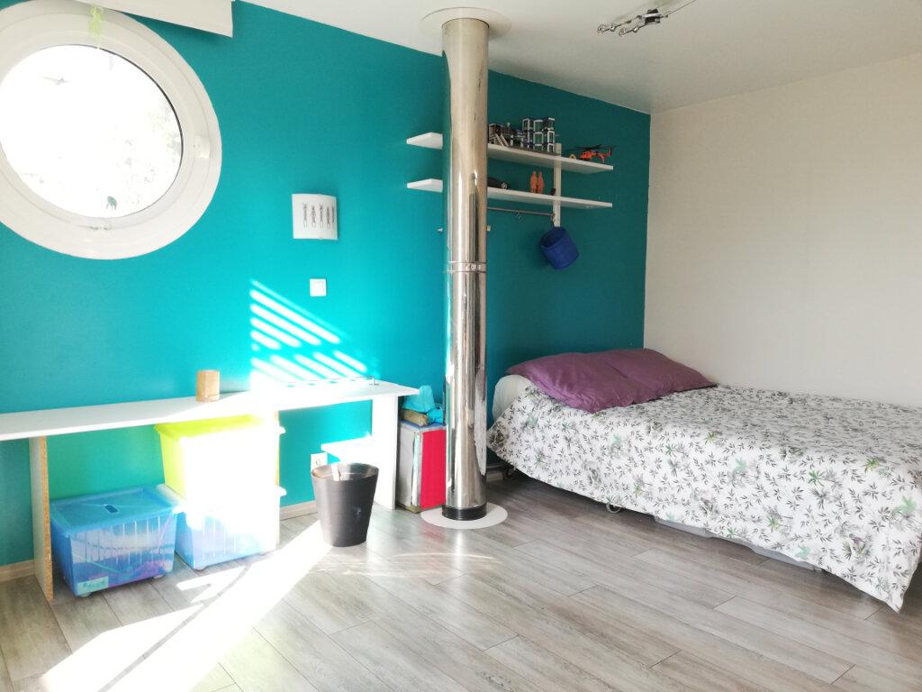 Maison à louer 6 136.75m2 à Toulon vignette-11