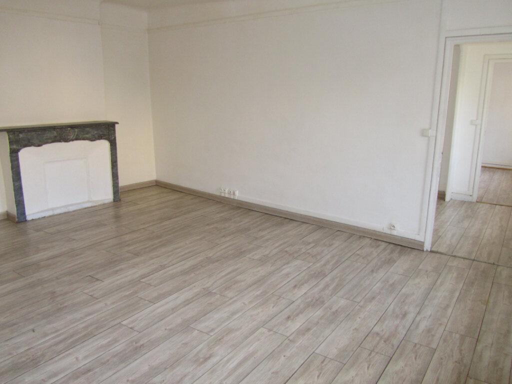 Appartement à vendre 3 57m2 à Toulon vignette-2