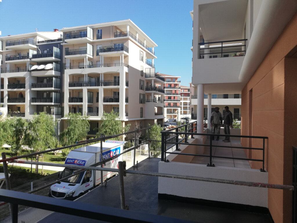 Appartement à louer 2 34.62m2 à Toulon vignette-1