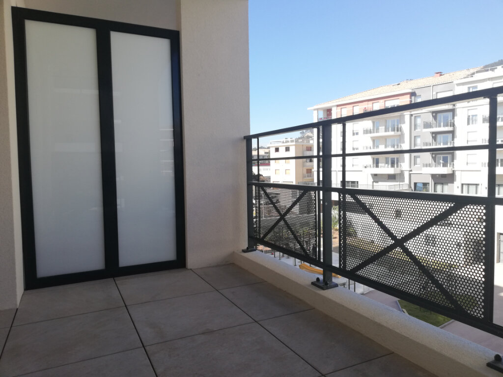 Appartement à louer 2 34.62m2 à Toulon vignette-4