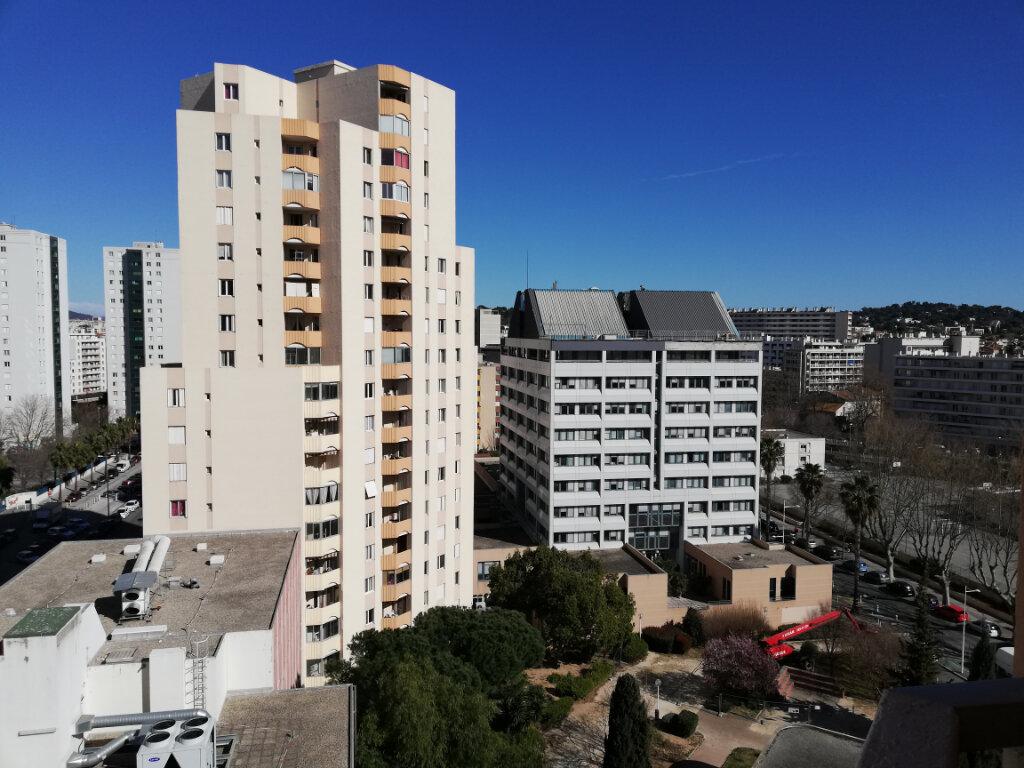 Appartement à louer 2 51.58m2 à Toulon vignette-1