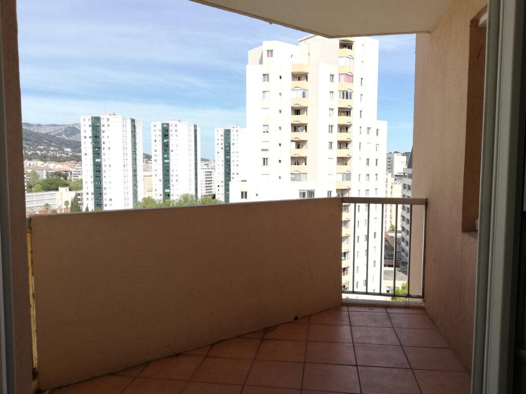 Appartement à louer 2 51.58m2 à Toulon vignette-3