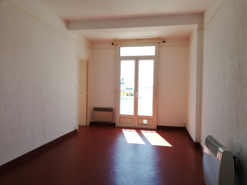 Appartement à louer 2 47.25m2 à Toulon vignette-3
