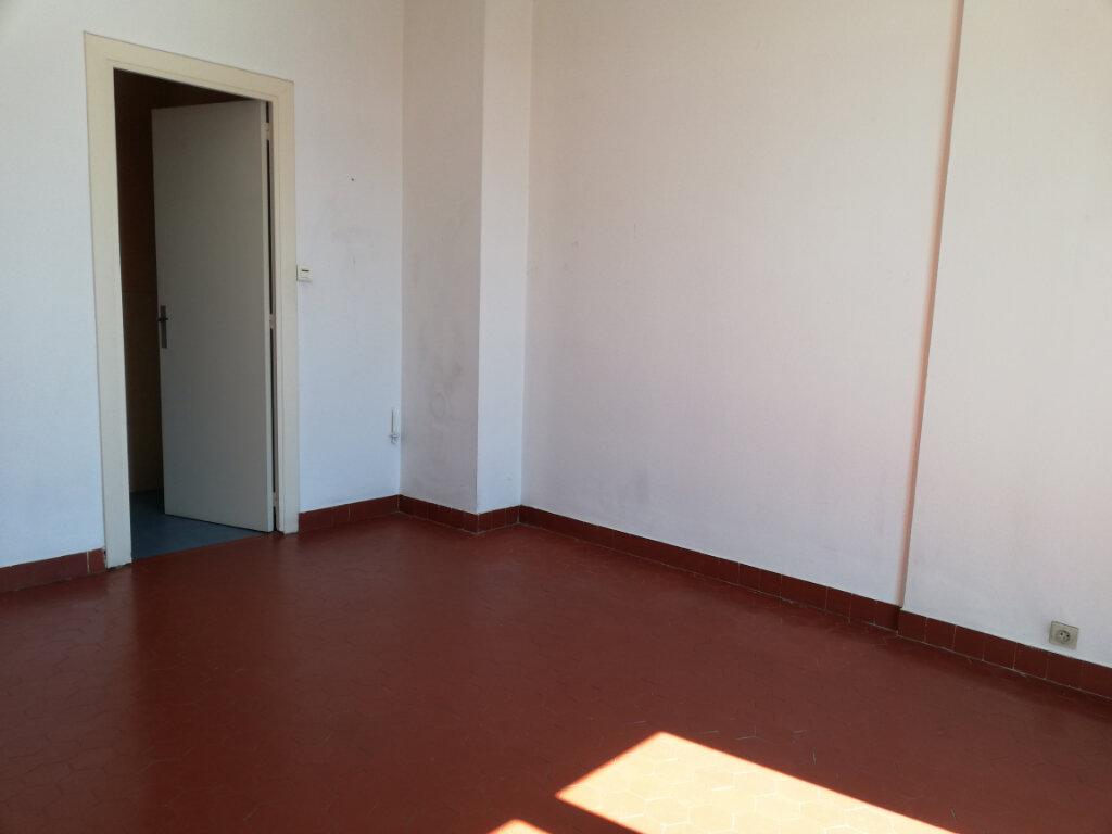 Appartement à louer 2 47.25m2 à Toulon vignette-5