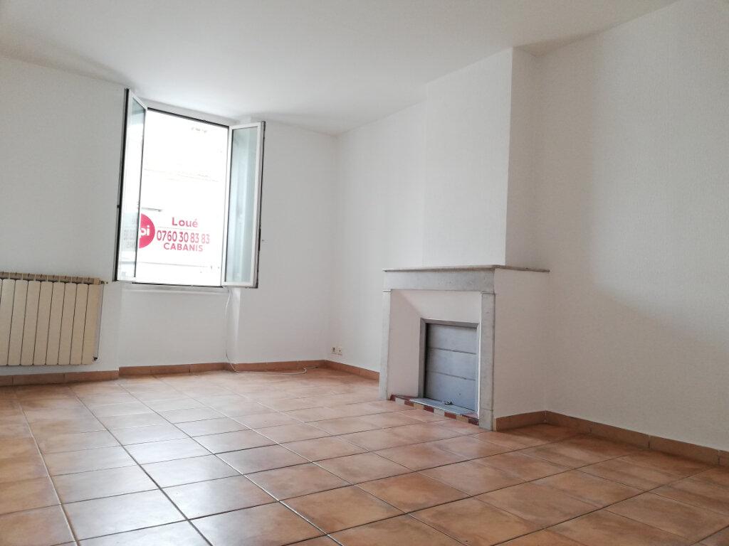Appartement à louer 4 77.4m2 à Toulon vignette-2