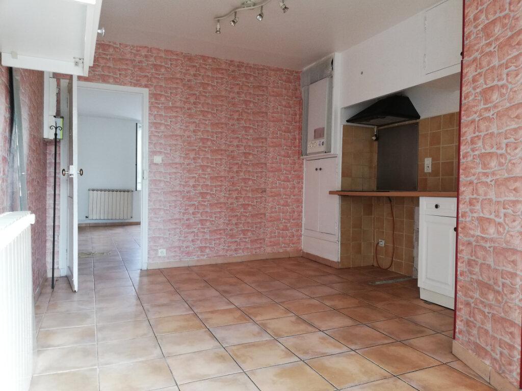 Appartement à louer 4 77.4m2 à Toulon vignette-11