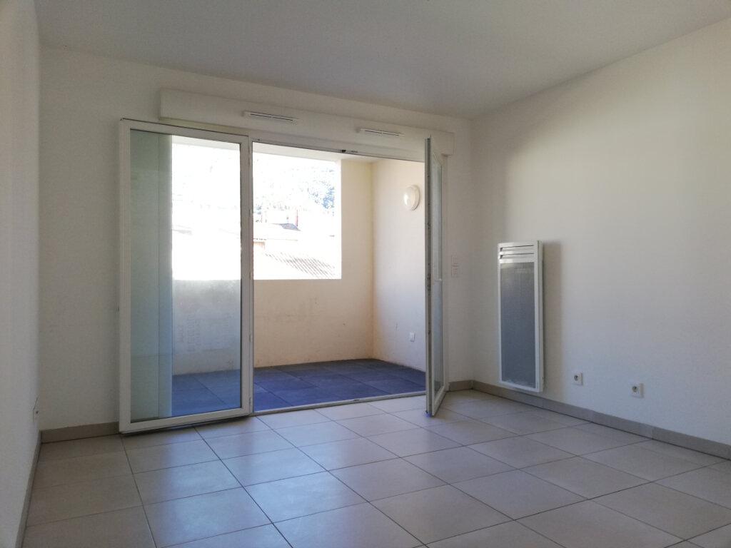 Appartement à louer 1 25.1m2 à Toulon vignette-1