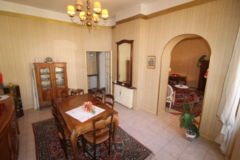 Appartement à vendre 4 106.67m2 à Toulon vignette-1