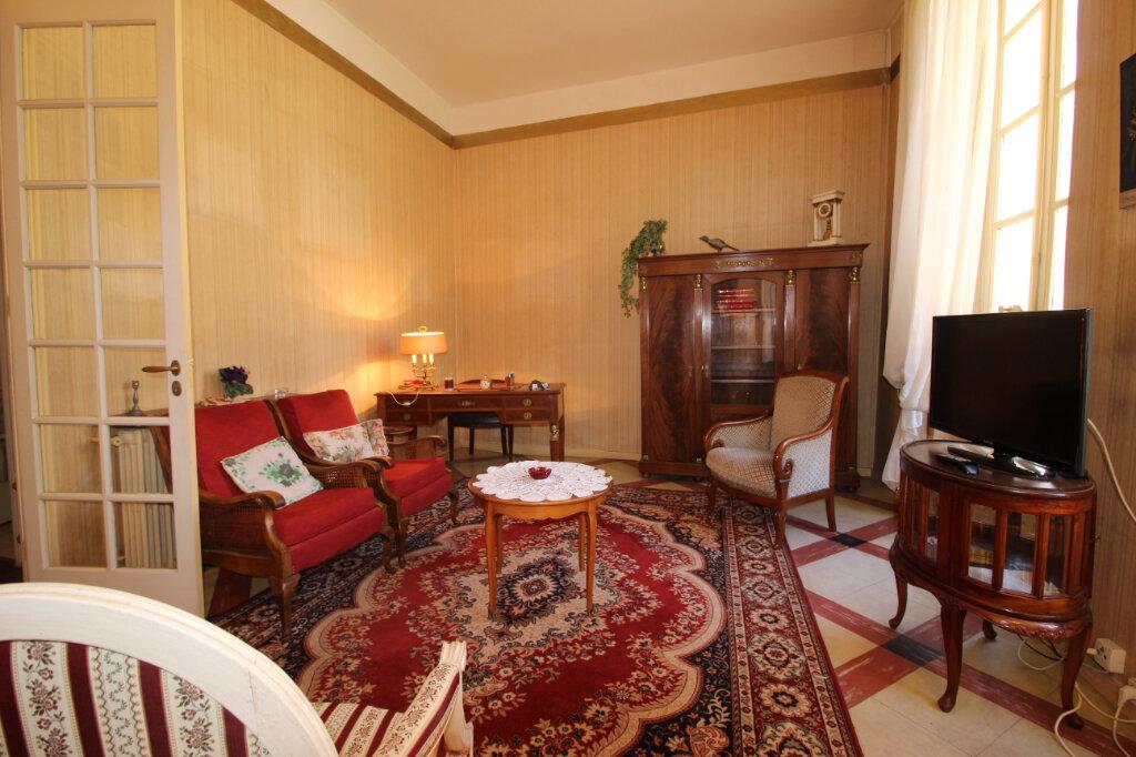 Appartement à vendre 4 106.67m2 à Toulon vignette-2