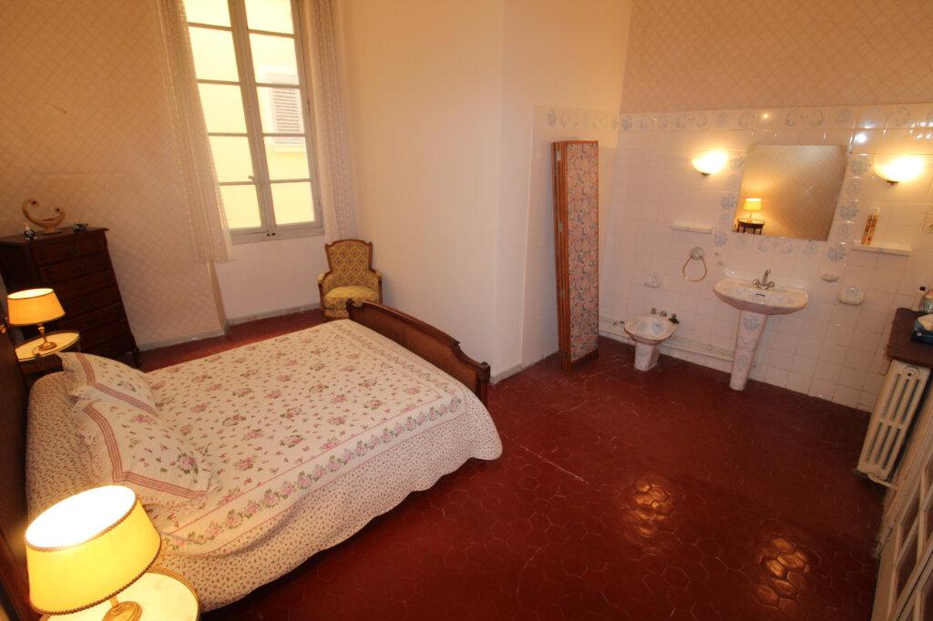 Appartement à vendre 4 106.67m2 à Toulon vignette-4