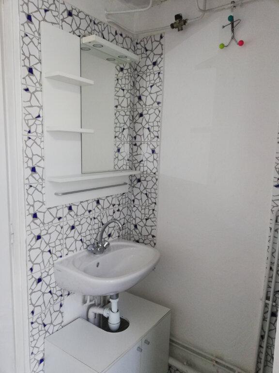 Appartement à louer 1 17m2 à Toulon vignette-4
