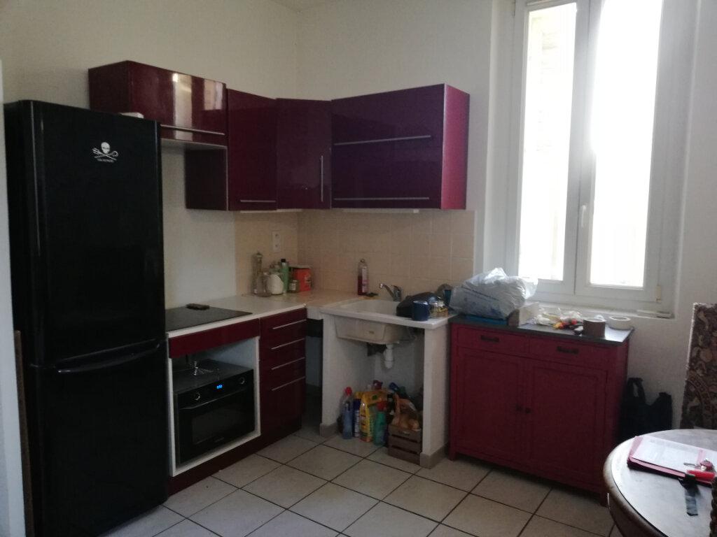 Appartement à louer 2 45m2 à Toulon vignette-8