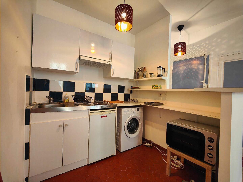 Appartement à louer 2 37m2 à Toulon vignette-5