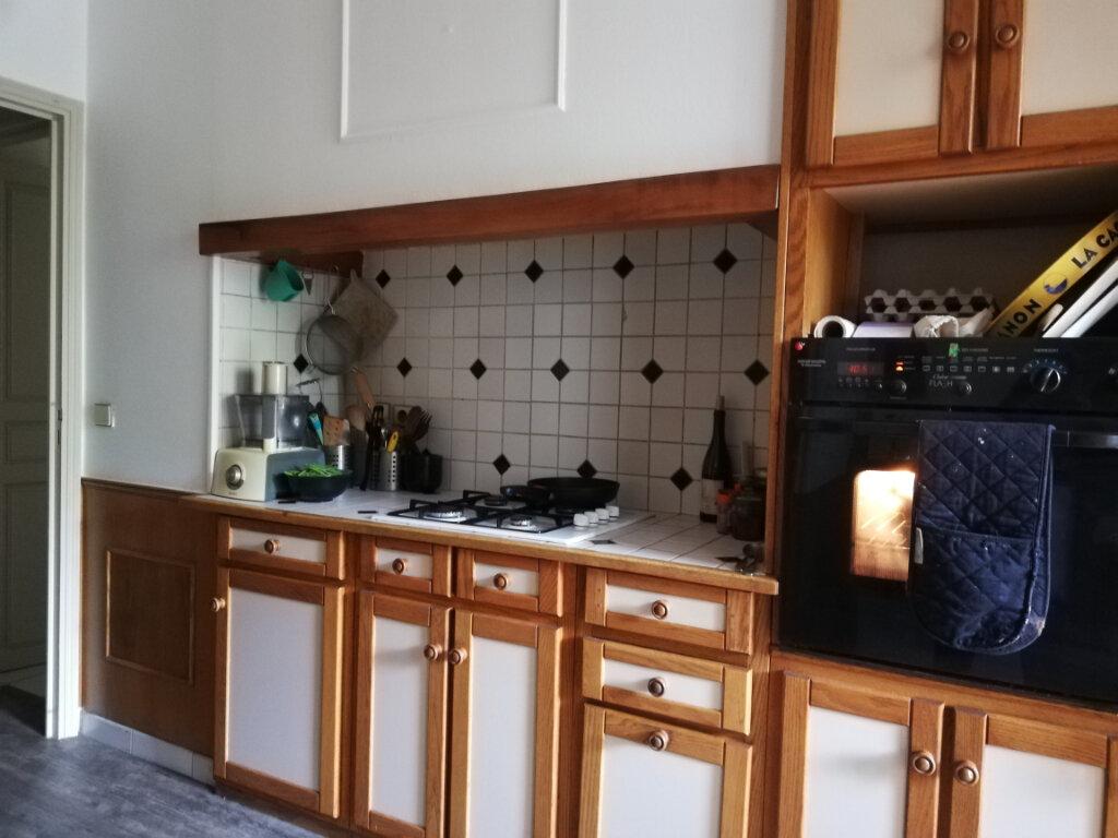 Appartement à louer 4 95.78m2 à Toulon vignette-3