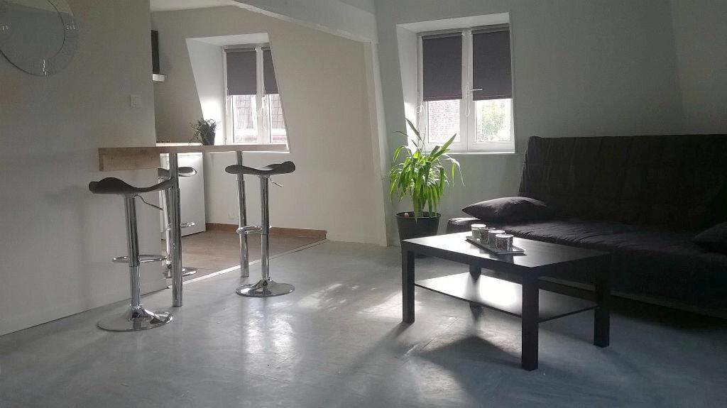 Appartement à louer 2 50m2 à La Madeleine vignette-2