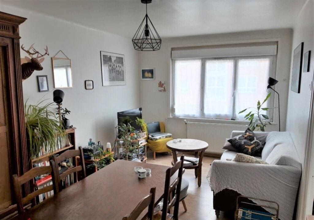 Appartement à louer 2 38m2 à Lille vignette-3