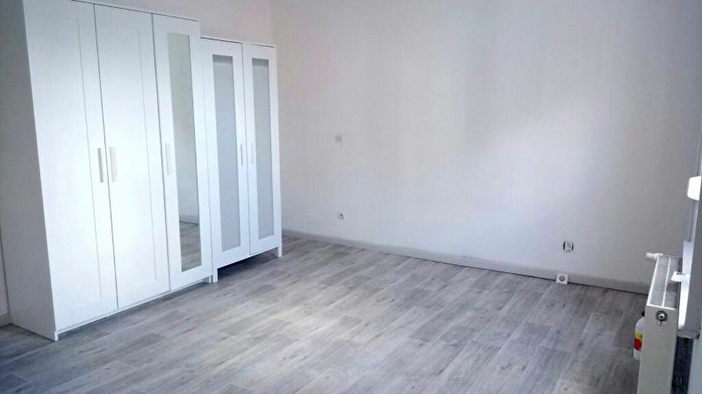 Maison à louer 5 126m2 à Lambersart vignette-6