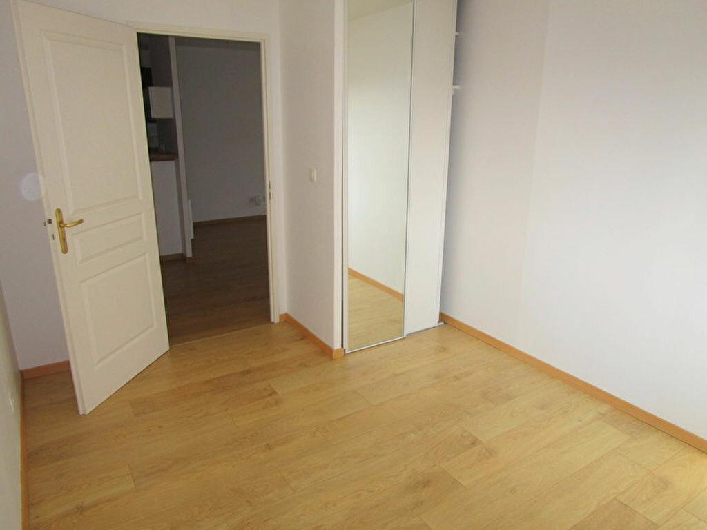 Appartement à louer 3 55m2 à Lille vignette-4