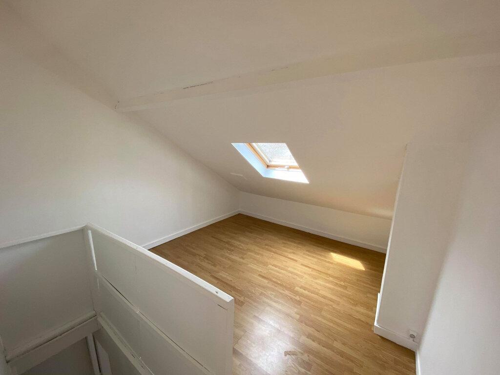Maison à louer 5 70m2 à Saint-André-lez-Lille vignette-3