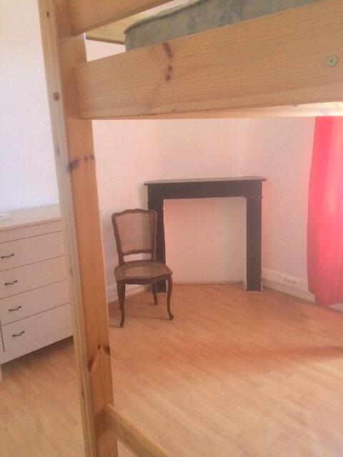 Appartement à louer 1 26m2 à La Madeleine vignette-2