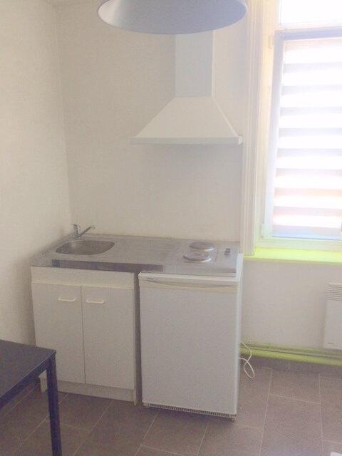 Appartement à louer 1 26m2 à La Madeleine vignette-5