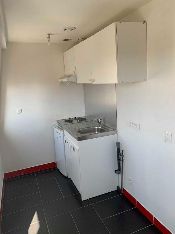 Appartement à louer 1 23m2 à Marcq-en-Baroeul vignette-3