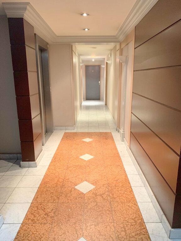 Appartement à louer 2 55m2 à Lambersart vignette-4